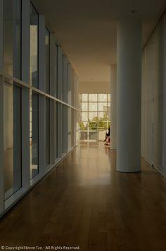 Hallway, Light, Peek
