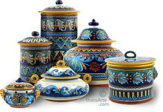 http://www.dreamhomedecorating.com/image-files/tuscan-style-canisters-geometrico.gif