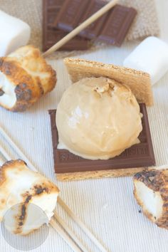 Toasted Marshmallow Ice Cream - Scoop Adventures