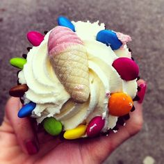 Cup cakes, candy and ice cream