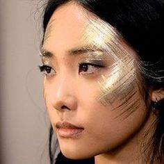Countdown #gold001 gold makeup look