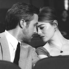 Y hay amores que duran algo menos que un beso, y besos que han durado algo más que una vida.  —Luis Rosales