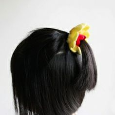 Super sweet and simple ponytail holder by Onelmon!