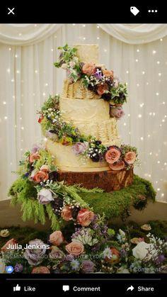 wedding cake enchanted The Enchanted Cake Enchanted Forest Quinceanera Theme, Enchanted Forest Cake, Enchanted Garden Wedding, Fantasy Wedding, Dream Wedding, Peter Pan Wedding, Quince Themes, Quince Ideas, Quince Cakes