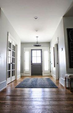 flurw nde dunkel streichen dramatisch und geborgen wirken lassen der flur aush ngeschild der. Black Bedroom Furniture Sets. Home Design Ideas