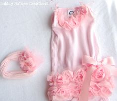 This girly-girl ballerina onesie looks like it would take hours of handstitching to create, but it's actually pretty simple when you use rosette trim. Rachel from Bubbly Nature Creations show… My Baby Girl, Baby Love, Girly Girl, Robes Tutu, Little Presents, Creation Couture, Baby Crafts, Sewing For Kids, Kind Mode