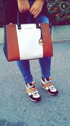 Mickael kors bag \ Calvin Klein shoes => love