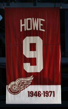 Howes Banner im Ruhestand - Hey! Hockeytown - Howes Banner im Ruhestand - Army Hockey, Detroit Baseball, Detroit Sports, Hockey Mom, Steve Yzerman, Original Six, Tiger Stadium, Red Wings Hockey, Red Army