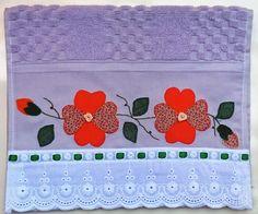 patch sofia e mel bebe Quilt Block Patterns, Pattern Blocks, Quilt Blocks, Pin And Patches, Mouse Parties, Mini Quilts, Applique Designs, Patch Aplique, Diy And Crafts