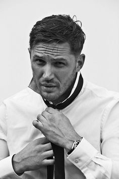 Tom Hardy. A great actor, with a great accent. What a beautiful man!