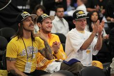 Flea - Celebrities At The Lakers Game