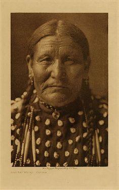 Good Day Woman - Oglala,1907. Edward Sheriff Curtis Photography.