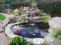 Backyard Water Fountains, Ponds Backyard, Garden Fountains, Backyard Landscaping, Landscaping Ideas, Diy Water Feature, Backyard Water Feature, Outdoor Water Features, Water Features In The Garden