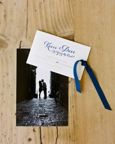 This save-the-date incorporated a photo of the pair while on a trip to Italy