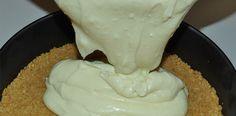 O Creme Fácil para Bolos e Pavês vai fazer a diferença na sua cozinha, pois é prático, delicioso e serve tanto para rechear e cobrir bolos quanto para pavê