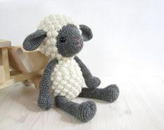 PATTERN Sheep  Amigurumi lamb  Stuffed animal  by SIDRUNsPatterns, €4.50