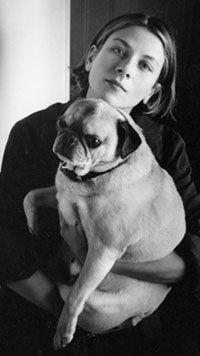 Донна космическая Тартт и ее пес.