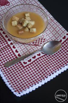Creme de legumes http://vidadedesempregada.blogs.sapo.pt/receita-rapidas-creme-de-legumes-146975