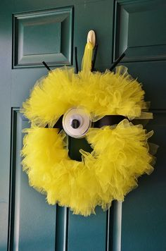 Despicable Me Minion Wreath