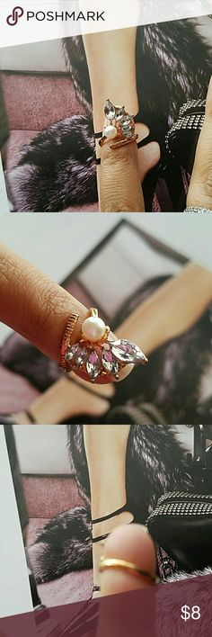 Gorgeous Statement Leaf Pear Pinky Nail Ring, NWOT Wear it as Finger Nail decor, looks great on pinky finger Jewelry Rings