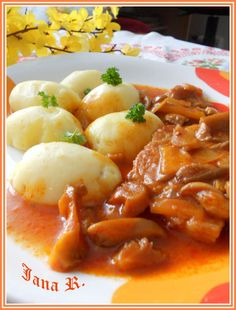Czech Recipes, Ethnic Recipes, Snack Recipes, Snacks, Macaroni And Cheese, Meat, Chicken, Breakfast, Czech Food