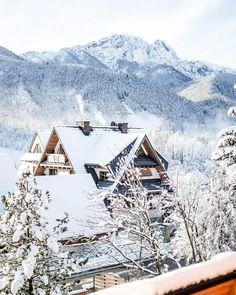 """1,308 Likes, 78 Comments - 🌿🌹Paulina Poland 🌹🌿 (@paulinamalinapl) on Instagram: """"Taki widok z rana❄😍❄#Zakopane #Góry #śnieg #snow #winter #mountains #vill #villa11 #morning #Poland…"""""""
