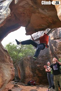 www.boulderingonline.pl Rock climbing and bouldering pictures and news Rocklands - arch val