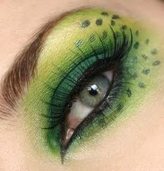 green and dots