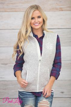 Our classic heathered vests are a must-have for the fall and winter seasons! With irresistibly soft knit fabric and a beautifully classic shade of heather oatmeal, you're going to love layering this with so many outfits!