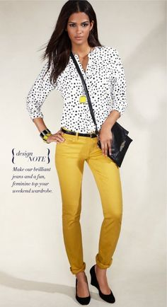 19 outfit ideas to wear your yellow jeans this spring - Moda Yellow Jeans Outfit, Yellow Pants, Yellow Blouse, Yellow Outfits, Pants Outfit, Mustard Jeans Outfit, Orange Jeans, Gold Pants, Blouse Outfit