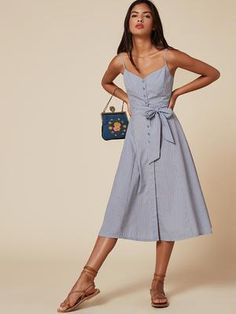 If you want to feel like you're sailing around the south of France, here's the dress for you. This is a button front, calf length dress with a sweetheart neckline and detachable belt. Style Outfits, Summer Outfits, Summer Dresses, Nice Dresses, Casual Dresses, Tailored Dresses, Dresses Dresses, Long Dresses, Party Dresses