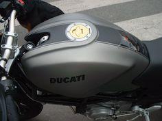 Ducati Monster Noir Gris Mat Peintre: Fabrice