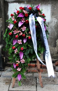 Inexpensive Wedding Venues Near Me Casket Flowers, Grave Flowers, Altar Flowers, Cemetery Flowers, Funeral Flowers, Silk Flowers, Winter Floral Arrangements, Funeral Flower Arrangements, Beautiful Flower Arrangements