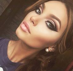 A great night comes with a beauty evening makeup! Which yours is the first choice? Let me know if you have a special make-up for the night! Flawless Makeup, Gorgeous Makeup, Pretty Makeup, Love Makeup, Makeup Tips, Beauty Makeup, Makeup Looks, Hair Beauty, Amazing Makeup