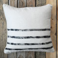 Two stylish DIY pillow designs for your home
