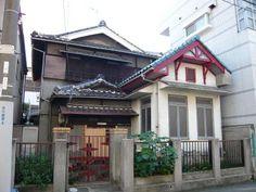 T_p1000081 Tiny Houses, Japan, Architecture, Interior, Outdoor Decor, Home Decor, Small Homes, Homemade Home Decor, Okinawa Japan