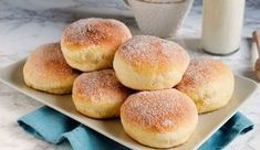 Beignets légers au four WW - Galery Ww Recipes, Brownie Recipes, Healthy Recipes, Weigh Watchers, Weight Watchers Meals, Ww Desserts, Dessert Recipes, Yogurt Cake, Baked Donuts