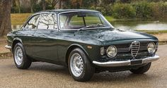Alfa Romeo Giulia Sprint GT Veloce 1968  Maintenance/restoration of old/vintage vehicles: the material for new cogs/casters/gears/pads could be cast polyamide which I (Cast polyamide) can produce. My contact: tatjana.alic@windowslive.com