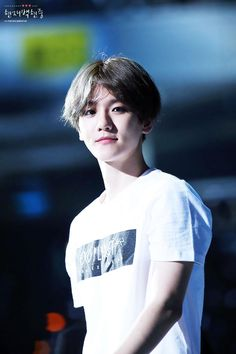 [HQ]150612 EXO'LUXION IN TAIWAN #백현 #baekhyun 할말잃.......... https://farm1.staticflickr.com/507/18613600698_73643fb7e7_o.jpg …