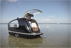 SEALANDER la caravane hybride - #HighTech - Visit the website to see all photos http://www.arkko.fr/sealander-la-caravane-hybride/