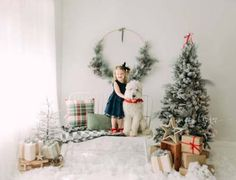 holiday photography Ideas photography kids studio photographs for 2019 Christmas Mini Sessions, Christmas Minis, Christmas Photo Cards, Christmas Pictures, Holiday Mini Session Ideas, Xmas, Christmas Ideas, Christmas Backdrops, Christmas Portraits