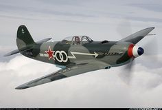 Airworthy-Yakovlev-Yak-3-Warbird-D-FLAK-as-Normandie-Niemen-White-00-02.jpg (1000×679)