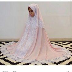 Made for the Moment  Chloe Victoria  Follow @chloevictoriaeze @chloevictoriaeze @chloevictoriaeze WA/SMS: 6281293284177 Line: chloevictoriaeze  #batik #designer #dress #fashion #fashiontrends #hijab #hijaber #hijabers #hijabfashion #hijabindo #hijabindone