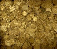 The Fishpool Hoard This hoard contained 1,237 coins, four rings, four pieces of jewellery and two lengths of chain. It contained gold coins including nobles, half and quarter nobles as well as French and Scottish coins. It was deposited near the village of Fishpool, Nottinghamshire in 1464 during the War of the Roses.