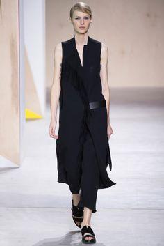2016春夏プレタポルテコレクション - ボス(BOSS)ランウェイ|コレクション(ファッションショー)|VOGUE