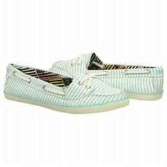 Enhance your preppy style with the Rock & Candy Huntington boat shoes. #mint #famousfootwear