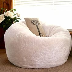 bcec9b6029 Details about Large Round BEAN BAG Cloud Chair Lounger White Luxury Faux Fur  Soft BEANBAG NEW