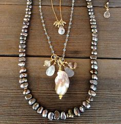 Robindira Unsworth pearl layering necklaces in gold