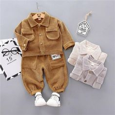Style up your little boy with these new variants. Boys Summer Outfits, Summer Boy, Warm Outfits, Baby Boy Outfits, Autumn Clothes, Spring Clothes, Cute Baby Boy, Baby & Toddler Clothing, Kids Fashion