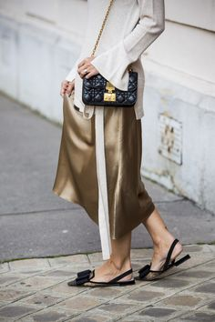 10 summery outfits to copy straight from Couture Fashion Week - 10 summery outfits to copy straight from Couture Fashion Week Timeless Fashion, Vintage Fashion, Star Fashion, Womens Fashion, Paris Fashion, French Street Fashion, Looks Style, Urban Fashion, Couture Fashion